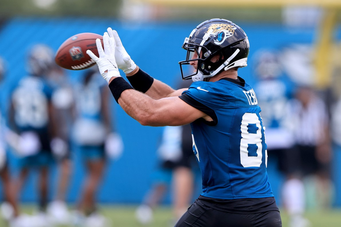 Tim Tebow: 12 photos of Tim Tebow practicing with the Jaguars