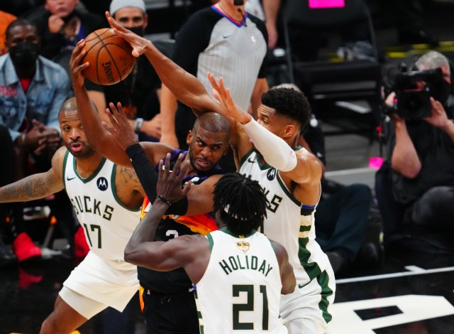 Phoenix Suns vs Milwaukee Bucks Game 4 Odds and Predictions