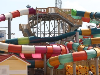 Six Flags Over Georgia Bonzai Pipeline via @SueRodman @FieldTripswSue