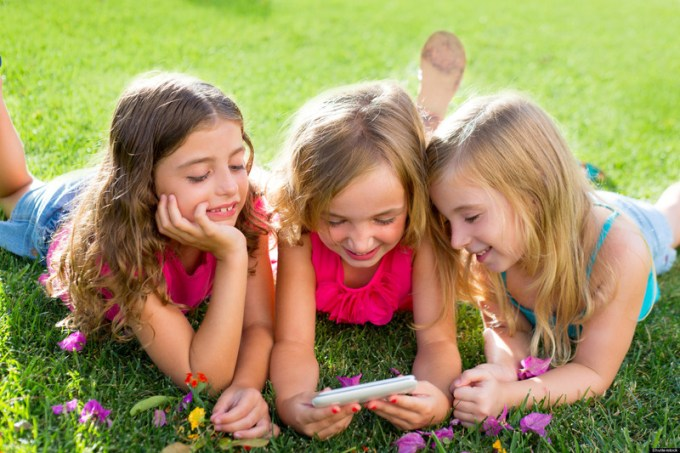 content_KIDS-AND-SMARTPHONES