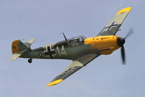 5-Messerschmitt_Bf_109E_at_Thunder_Over_Michigan