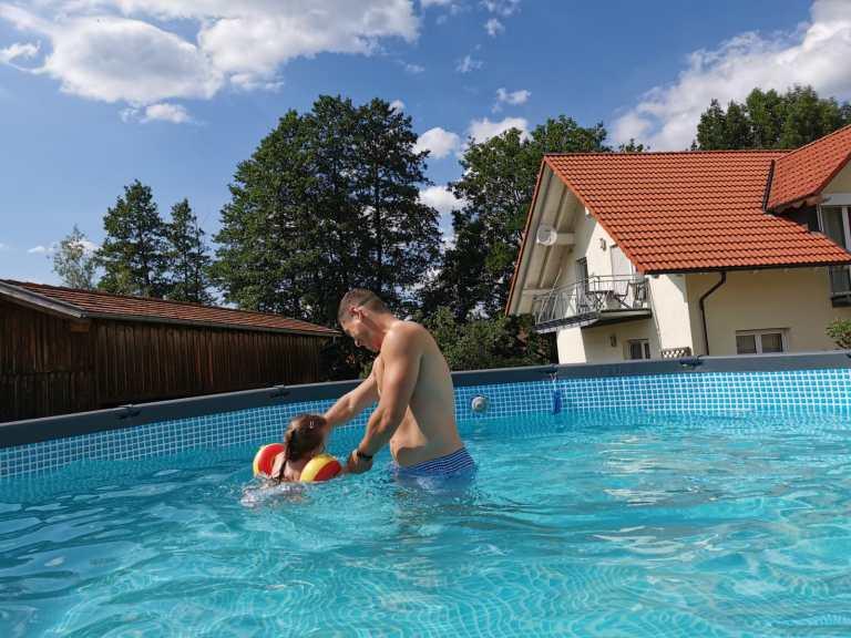 Pool_Ferienwohnung_Staerk