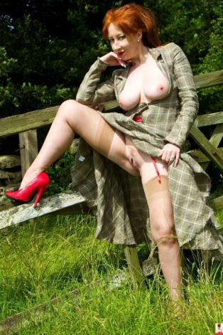 Mummy In The Woods!