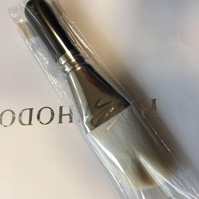 #hakuhodo J100( 9742 yen )