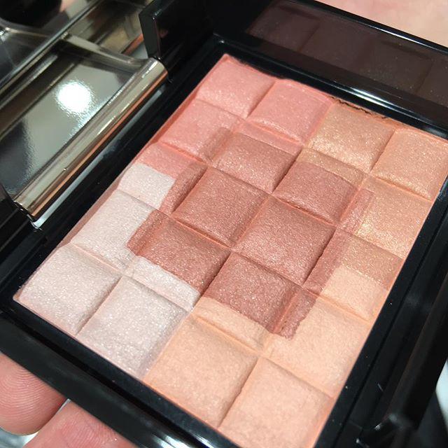 #shiseido #maquillage RD1004158 yen