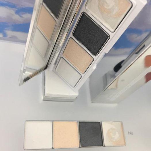 #RMK eyeshadow palette 4752 yen