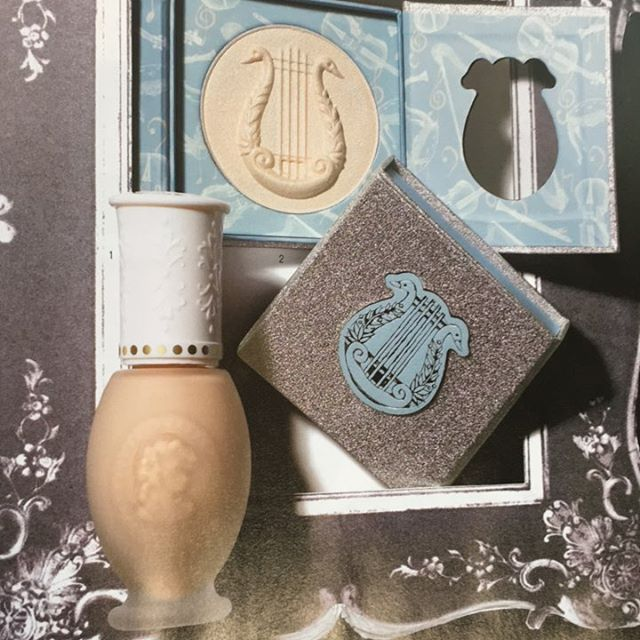 #laduree liquid foundation kit 5702yen face powder N02 and cheek 04
