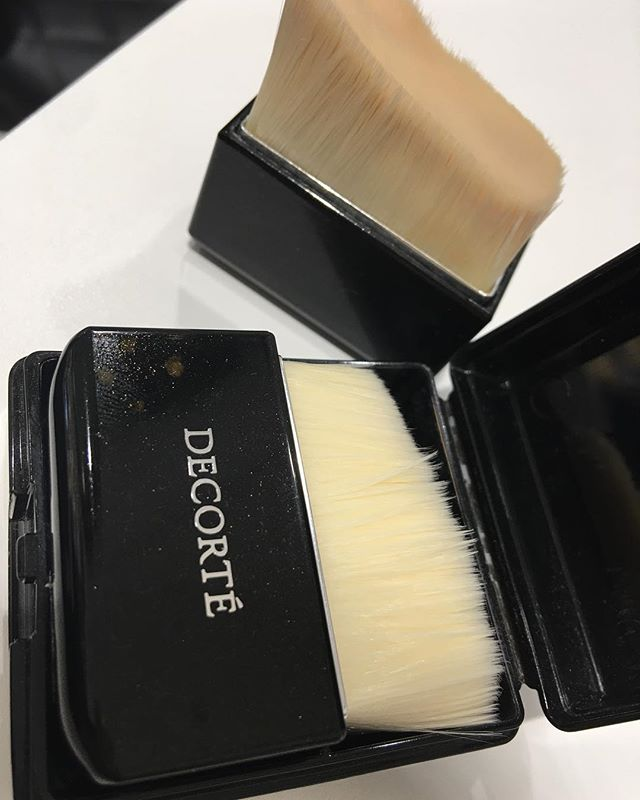 #decorte foundation brush 4514 Yen
