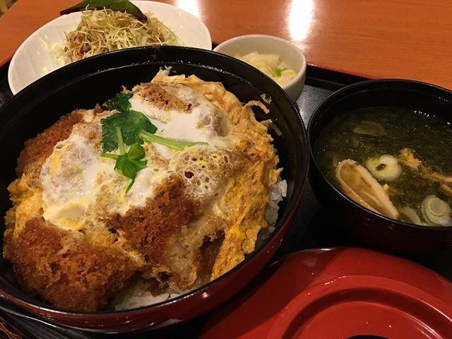#katsudon lunch at 3 pm : maybe no dinner needed