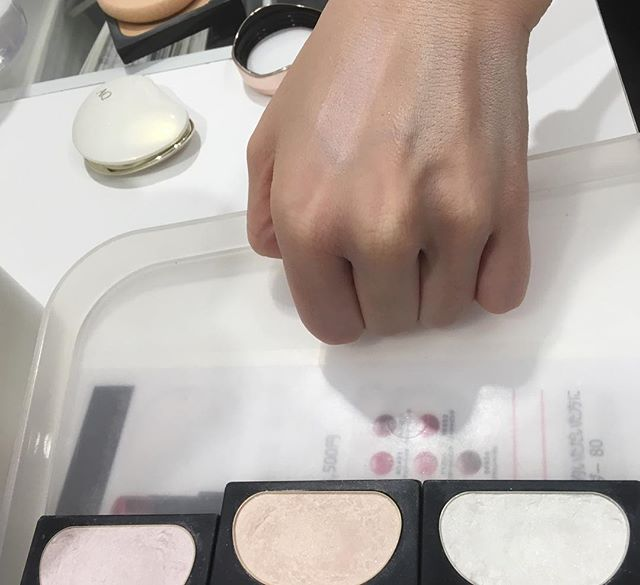 #decorte light focus (highlighter)4158 Yen