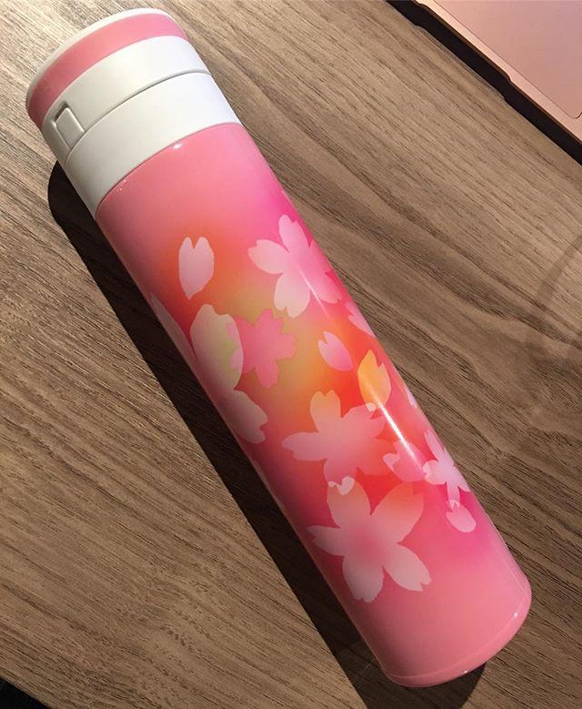 #starbucks Sakura stainless bottle 5720 yen