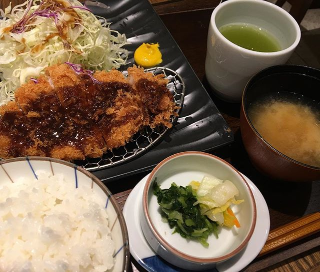 #tonkatsu lunch today 880 yen