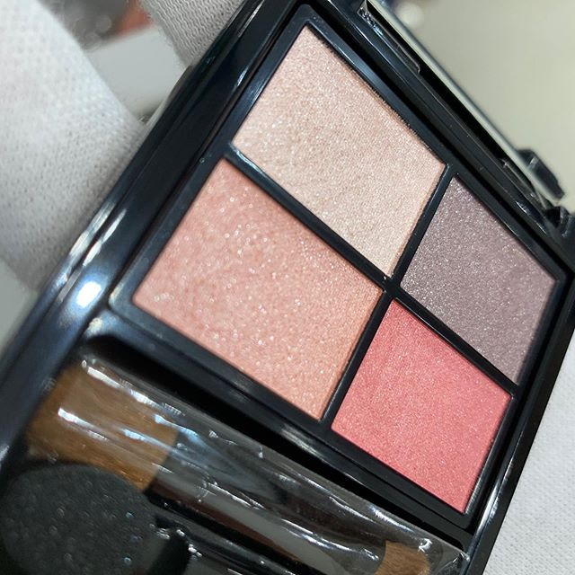 #etvos eyeshadow palette Pink Float 4800 yen
