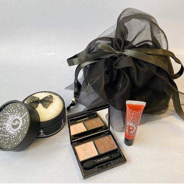 #jillstuart Holiday collection6960 yen set Lipstick 3360 yen
