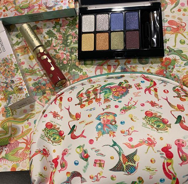 #Mikimoto holiday Kit(Eye color )(Liquid lipstick)(Pouch )12000 yen