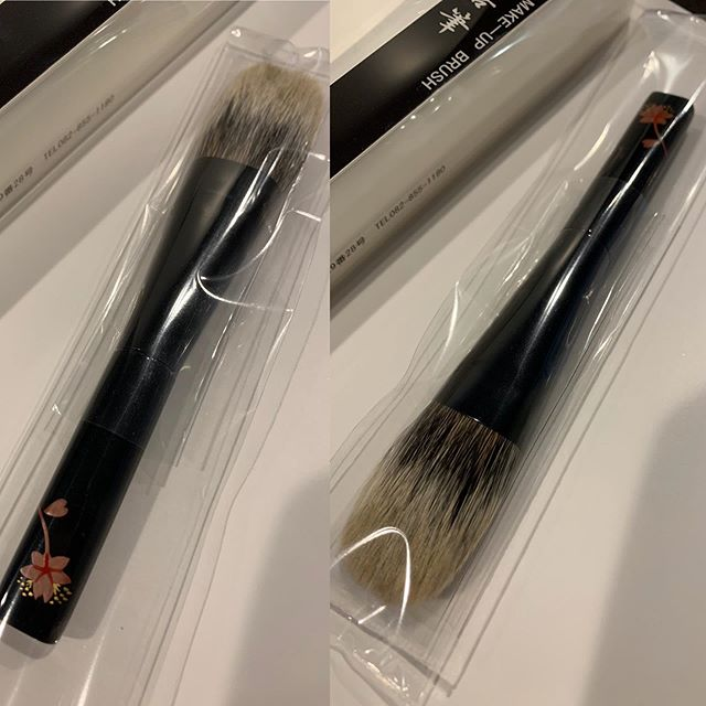#Kihitsu #koyudo Sakura White Canadian squirrel Cheek brush 21000 yen