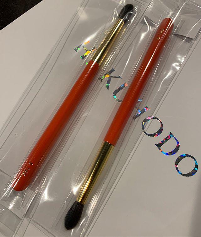 #Hakuhodo S142