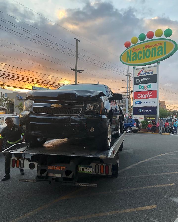 Vehículo mata empleada del Supermercado Nacional de la Núñez
