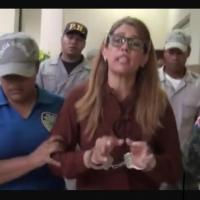 Expareja del alcalde de comunidad de Montecristi acude a denunciar amenaza y la dejan detenida