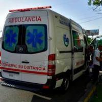 Mujer con síntomas de COVID-19 falleció en ambulancia tras ser rechazada por clínica