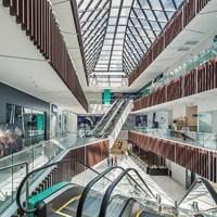 Gobierno dispone reapertura de tiendas de las plazas comerciales
