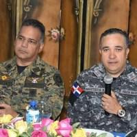 Presidente Medina pone en retiro a ministro de Defensa, director PN, jefe del Ejército y otros