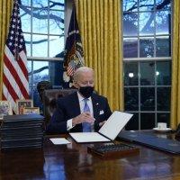 Las 17 medidas aprobadas por Biden en su primer día como presidente