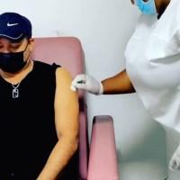 VIDEO | Frank Reyes criticado por vacunarse cuando aún no es su turno