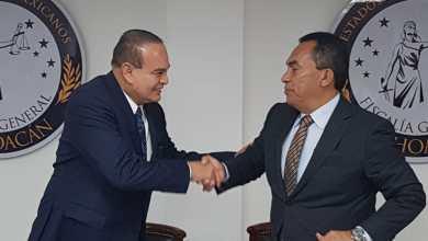 Adrián López toma posesión de la Fiscalía General de Michoacán