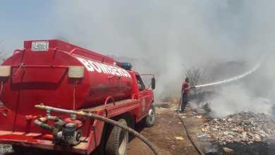 Controlan Bomberos un incendio de pastizal