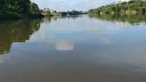 Trabajar para limpiar el Río Grijalva
