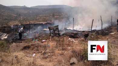 """Se queman dos casas de """"paracaidistas"""" en la salida a Charo"""