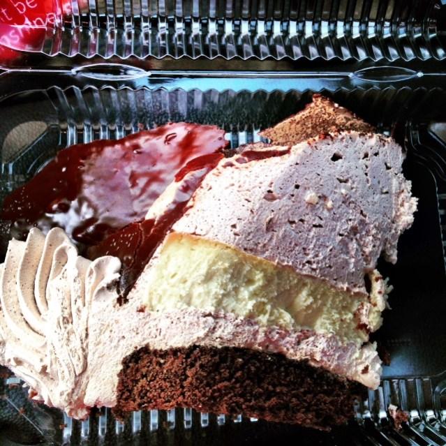 Palace Diner King Cake