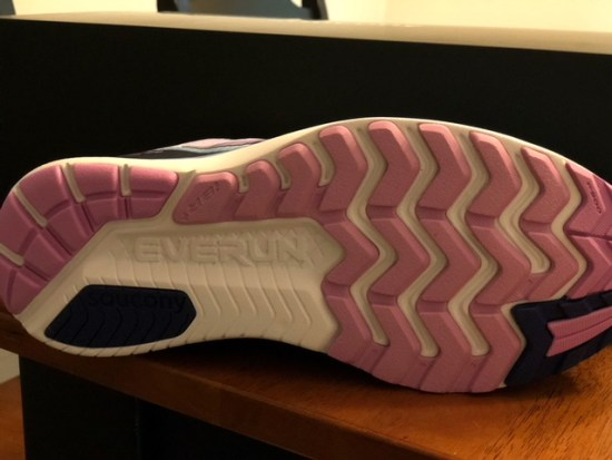 saucony iso shoe review