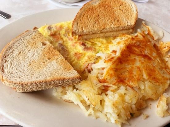 Lancers Diner Horsham PA omelet