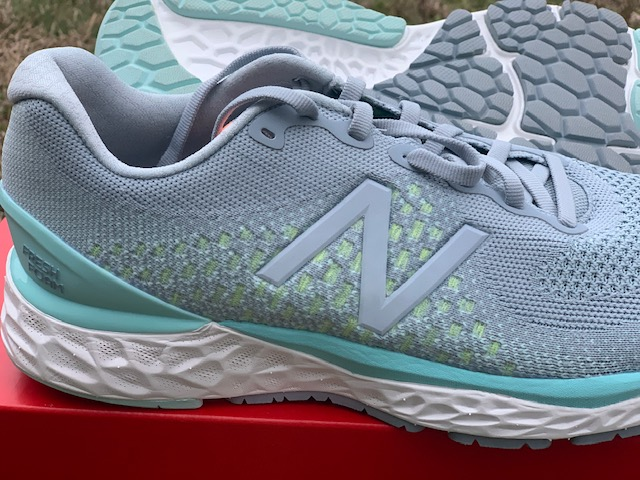 New Balance 880v10 Shoe Review