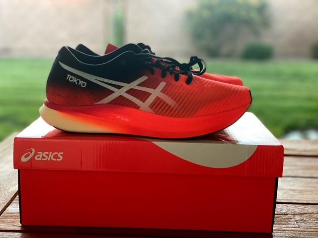 Asics Metaspeed Edge Shoe ReviewAsics Metaspeed Edge Shoe Review