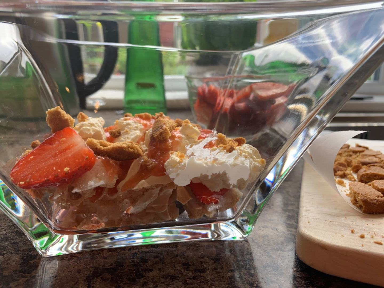 Rhubarb, Strawberry and Ginger Eton Mess