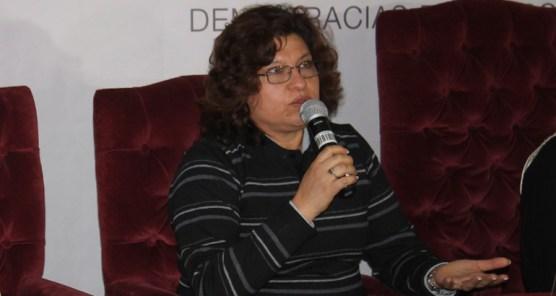 Vocal, Dunia Sandóval durante lanzamiento de Fuente Directa