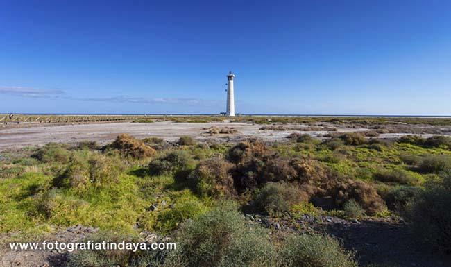 La Playa del Matorral, playa de la Solana o del Saladar,