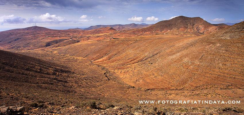 Valle y Barranco de Valhondo - mirando hacia la Matilla