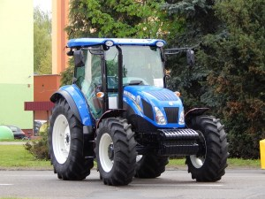tractor-333004_640