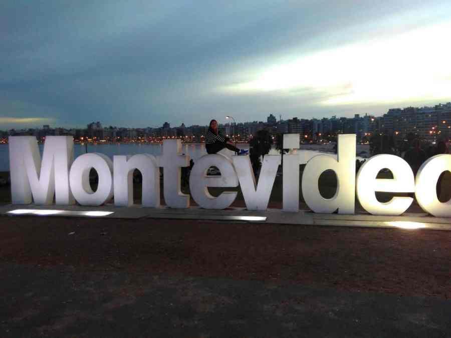 letreiro Montevidéu
