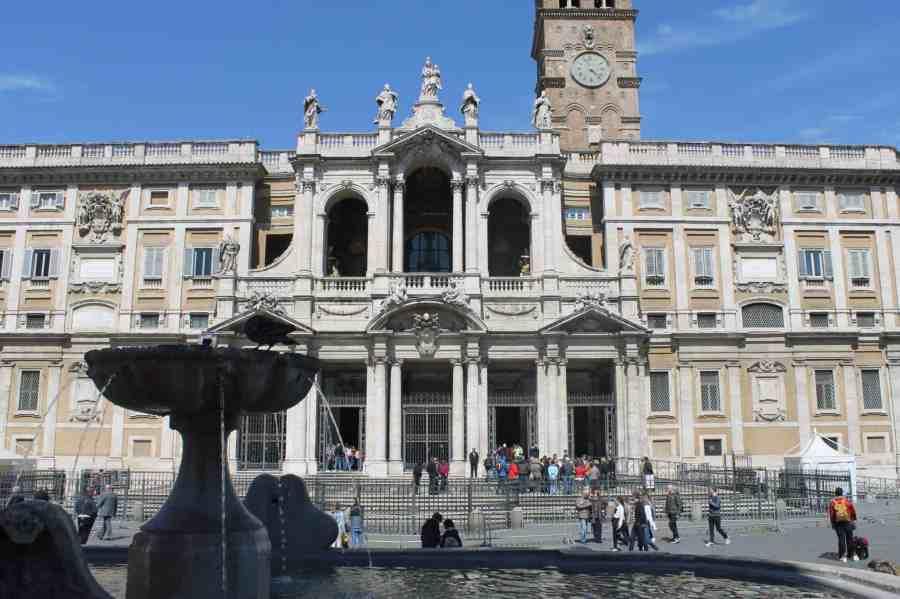 Igreja Santa Maria Maggiore. - Roteiro de um dia pelo centro turístico de Roma, Itália
