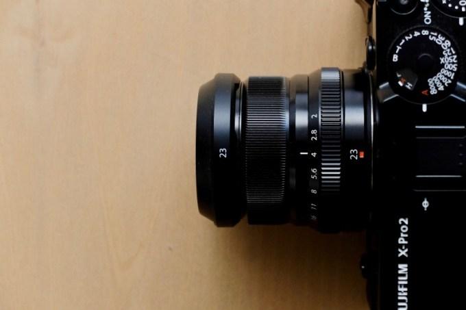 XF23mm F2 Rを装着
