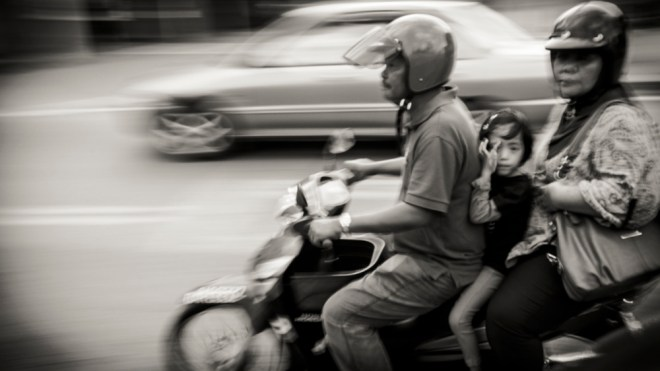 Panning moped