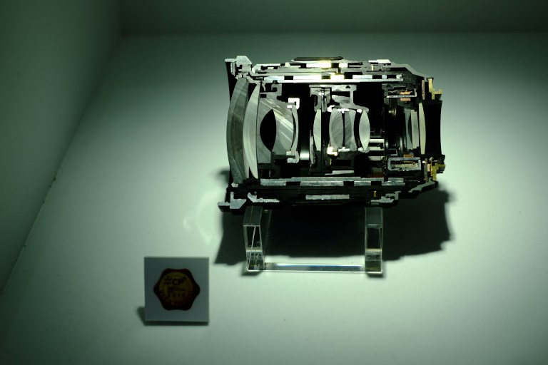 The cross section of the XF16-55mmF2.8