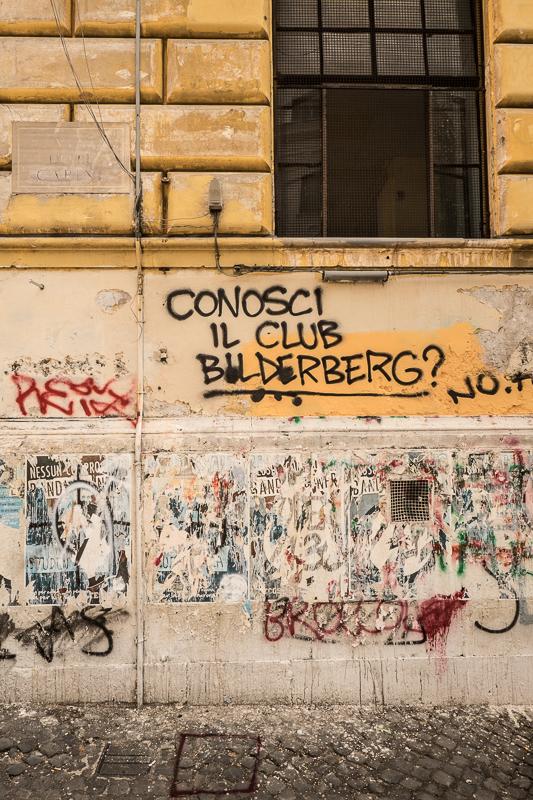 Graffiti, apologies if it's rude. XF10-24mm, 1/60sec at f/11, ISO 200.
