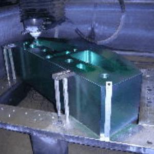 有限会社フジムラ 金属加工 ワイヤーカット
