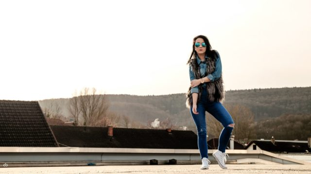 Carmen - Jeanslook | Portrait | Fujifilm | X-T1 | 35mm